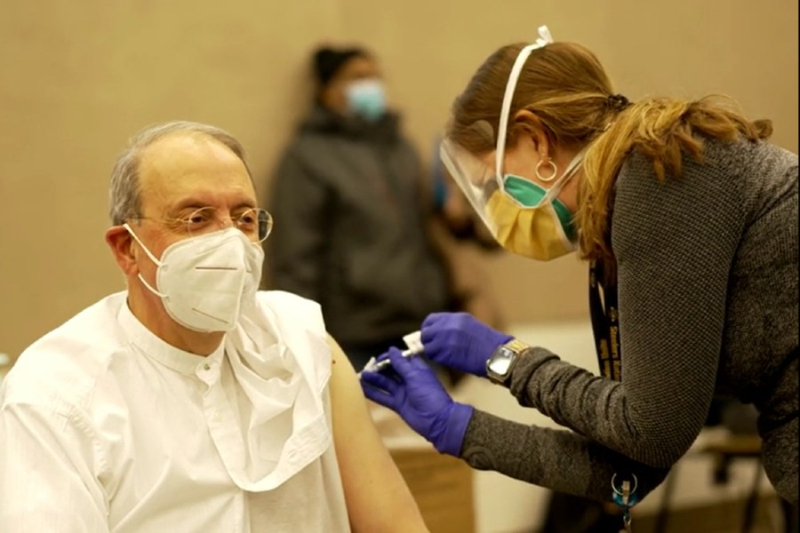 Archbishop Lori encourages vaccinations as 'act of charity and love'