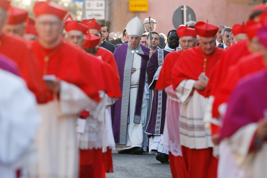 Pope to celebrate Ash Wednesday at Vatican, skipping 'station churches'