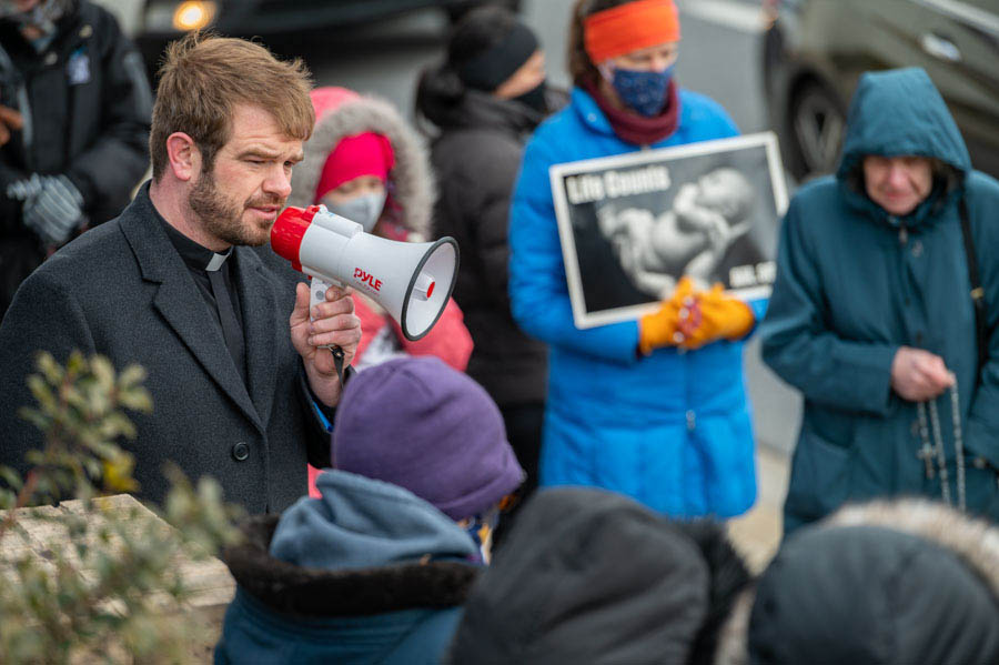 Catonsville, Owings Mills rally around 40 Days for Life campaign