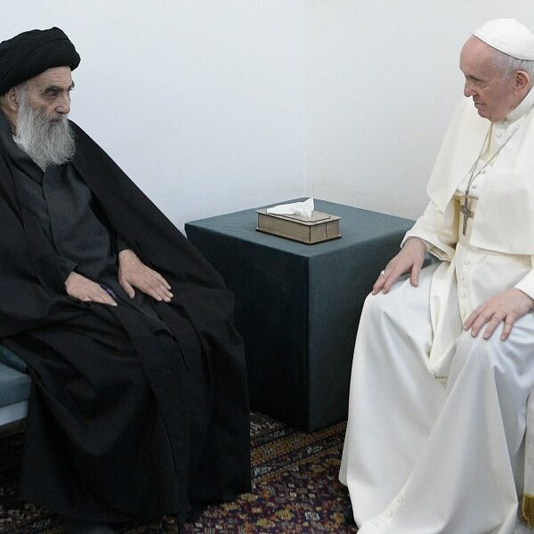 Pope and grand ayatollah/Is feeding tube necessary?