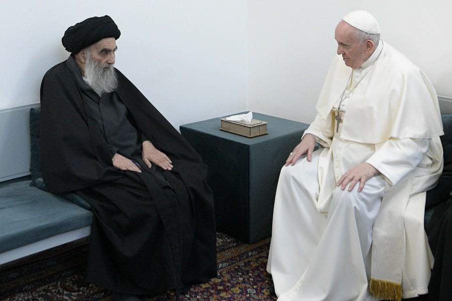 Pope and grand ayatollah/Is feeding tube necessary?