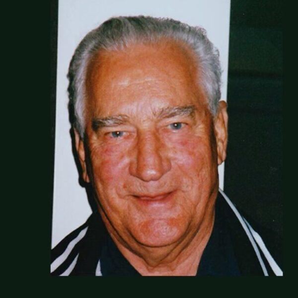 Deacon Chesnavage, World War II veteran who comforted the sick, dies at 100