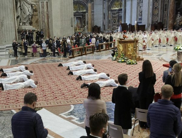 Pray, be poor, be close to the people, pope tells new priests