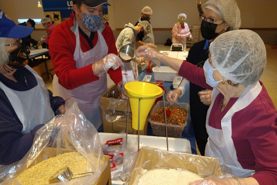 Maryland Knights of Columbus, Cross Catholic Outreach team up to pack 40,000 meals