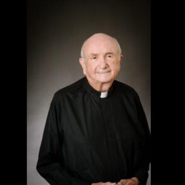 Former Highlandtown rector dies at 87