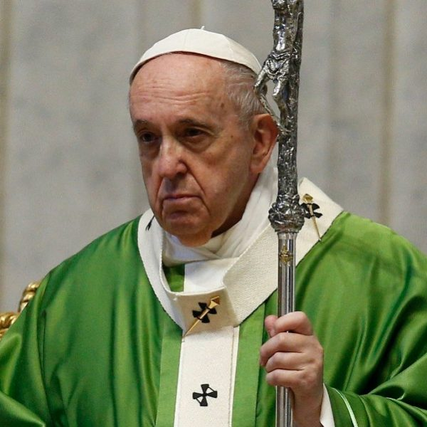 Pope will lead Angelus from hospital, Vatican says