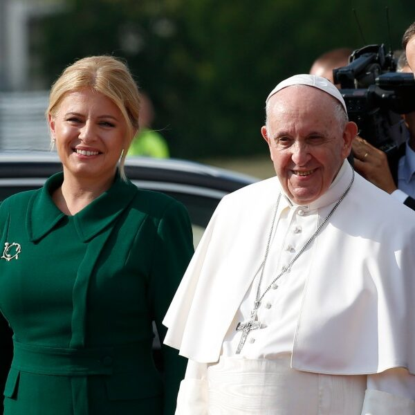 After warm welcome to Slovakia, pope encourages Christian leaders to unite