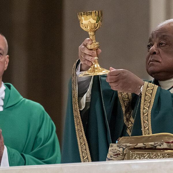 National shrine's Mass ends 100th anniversary celebration